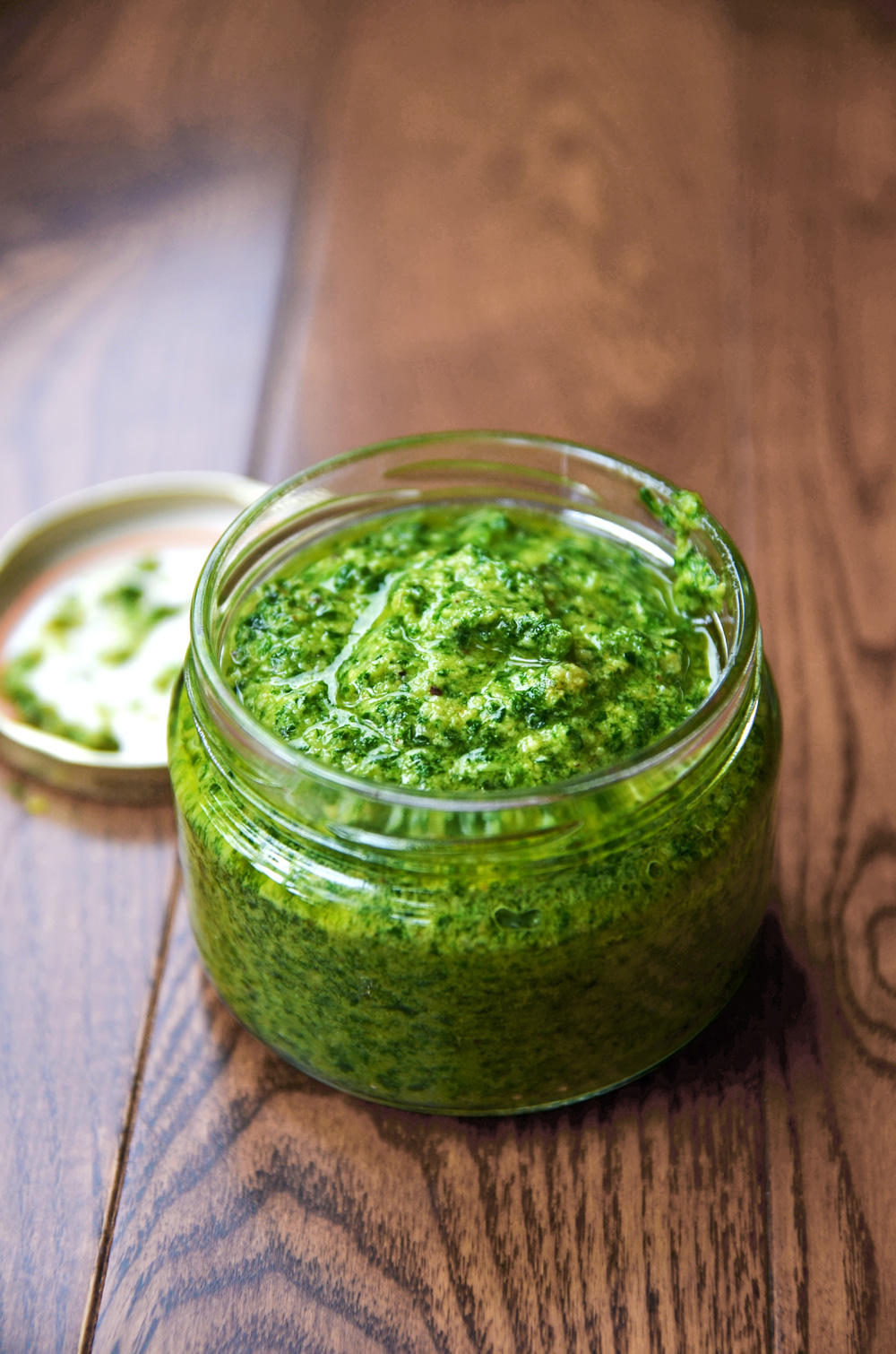 How to make basil pesto vegan pesto recipe fablunch forumfinder Image collections