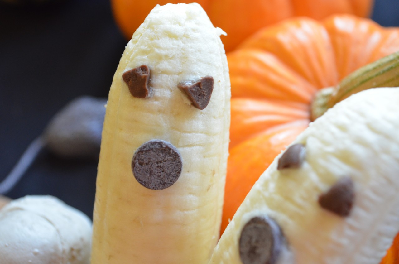 Super Easy & Healthy Halloween Treats by Fablunch