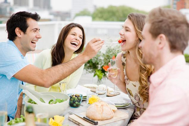 How to Eat Vegan in Social Situations