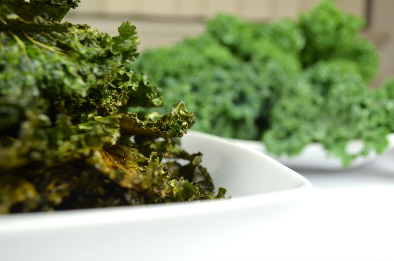 How to Make the Perfect Crispy Kale Chips by Fablunch