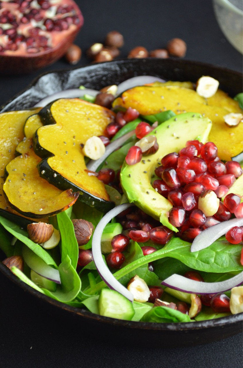 Roasted Acorn & Pomegranate Spinach Salad by Fablunch
