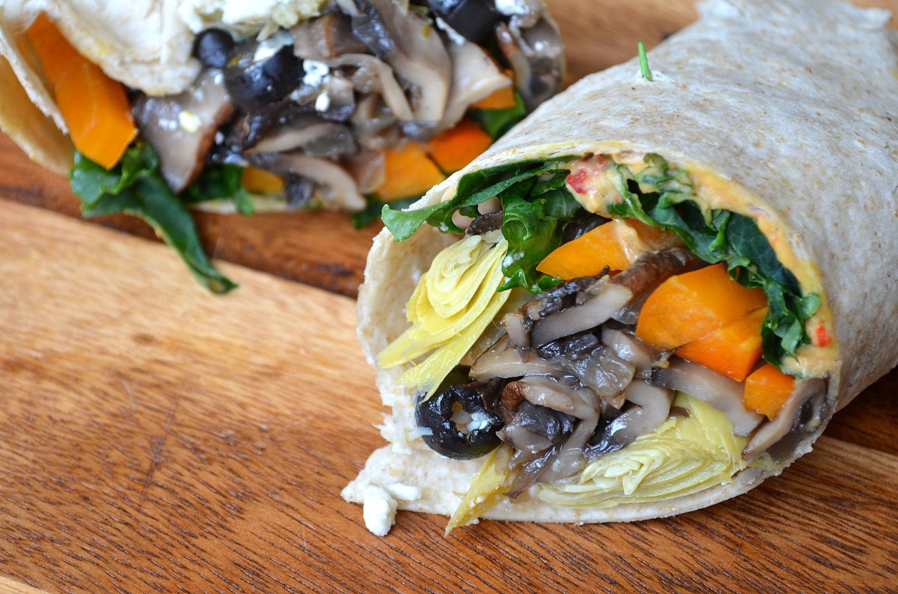 Hummus Veggie Wrap with Artichokes & Sautéed Mushrooms by Fablunch
